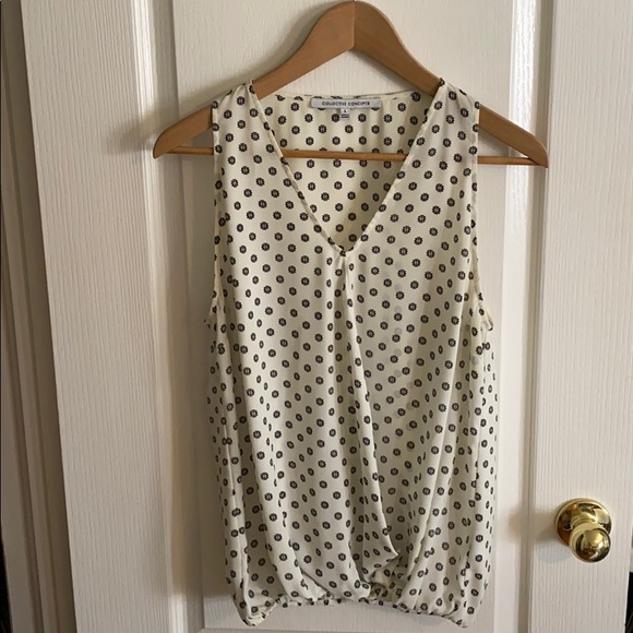 Collective Concepts Tops - Cream Blouse with Black Pattern